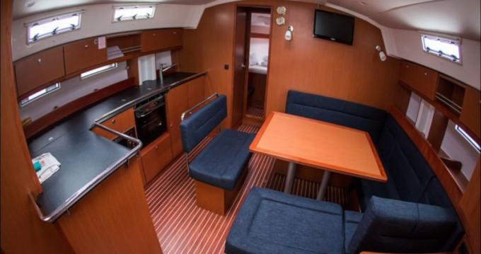 Boat rental Bavaria Cruiser 45 in Sukošan on Samboat