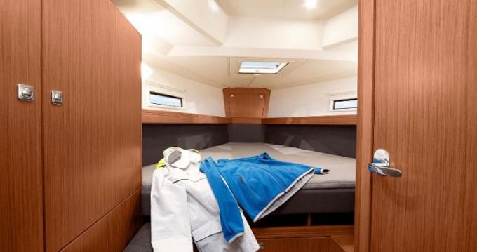 Rental yacht Pirovac - Bavaria Cruiser 41 on SamBoat