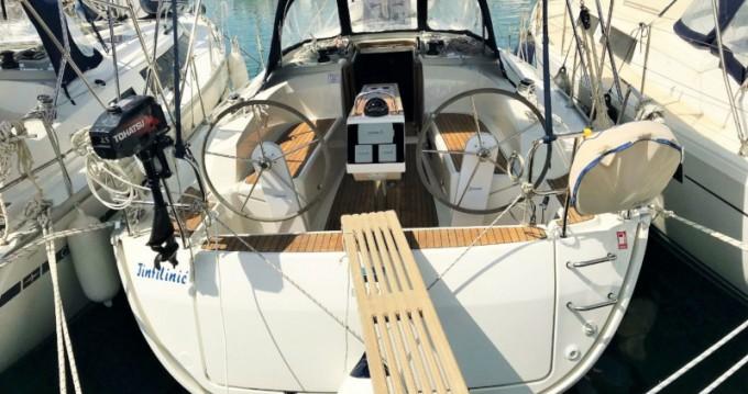 Rental Sailboat in Sukošan - Bavaria Cruiser 34