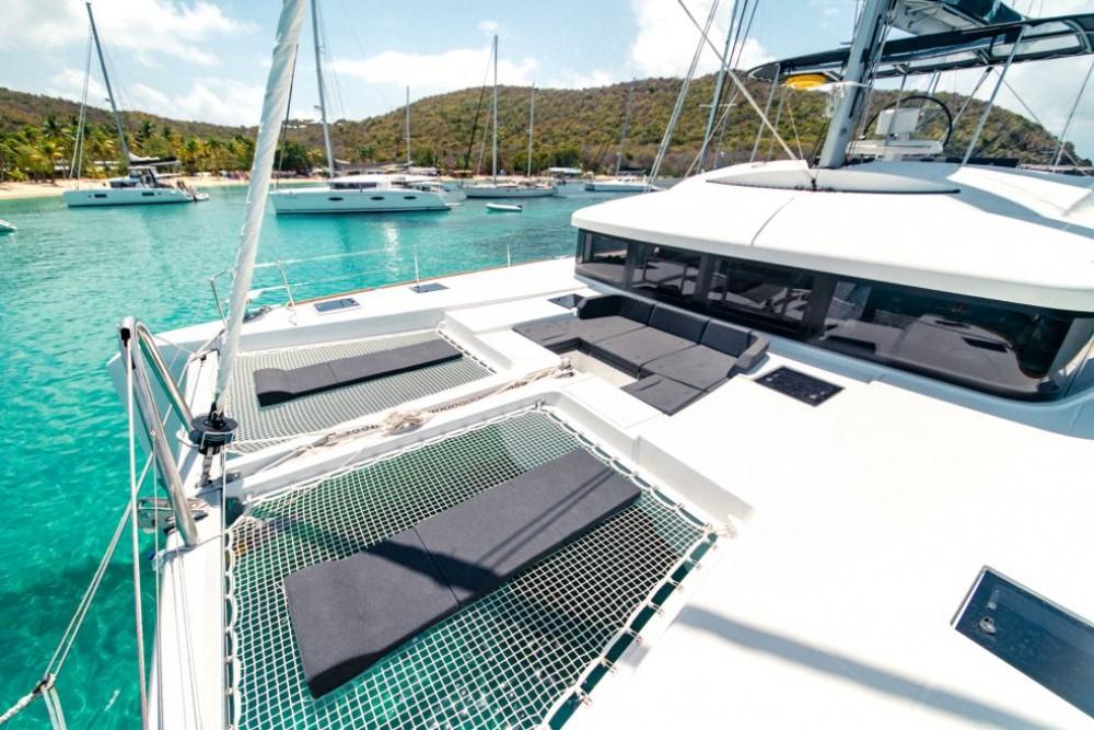 Boat rental Key West cheap Lagoon 52