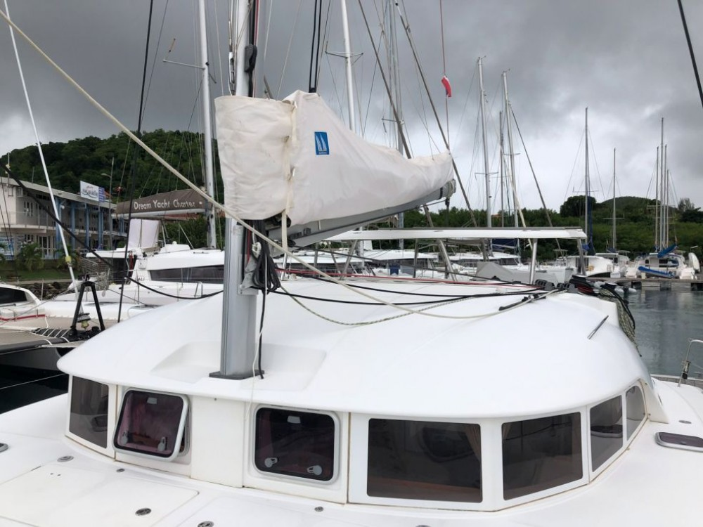 Catamaran for rent Pointe-à-Pitre at the best price