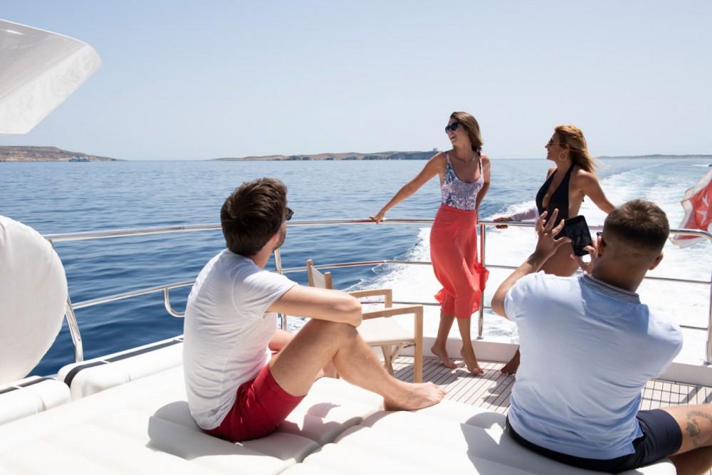 Boat rental Saint Julian's cheap Yacht 86