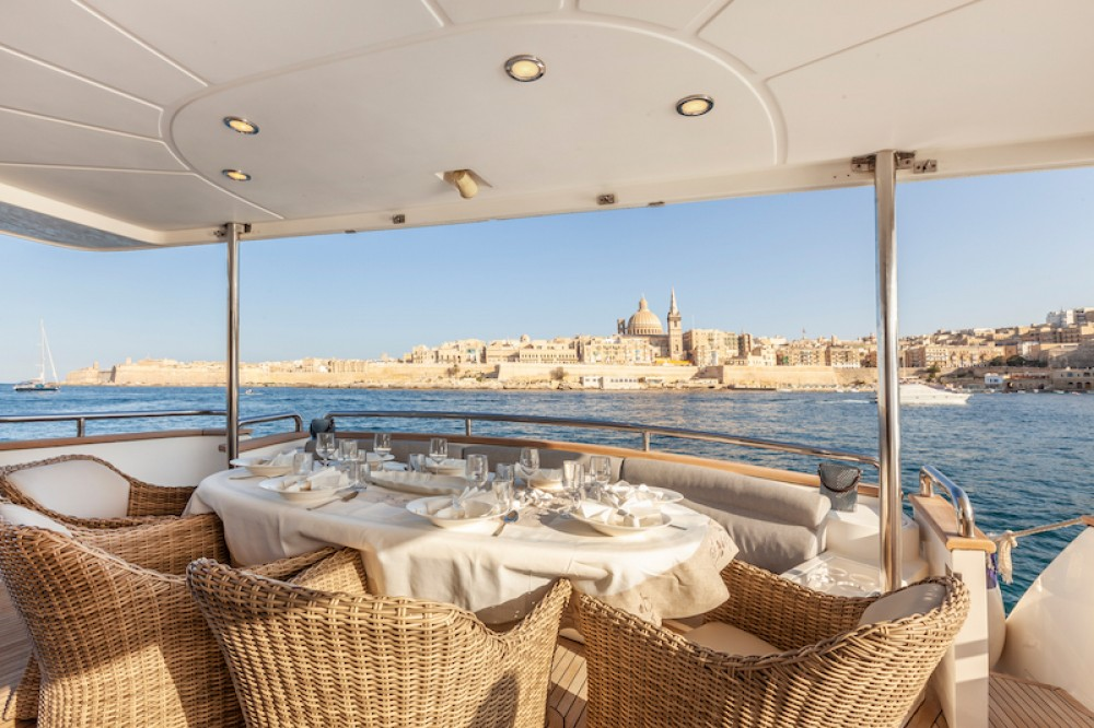 Hire Yacht with or without skipper Elegance Saint Julian's