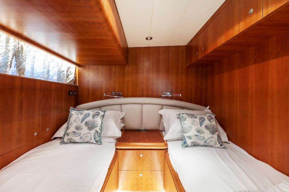Boat rental Elegance 82 in Saint Julian's on Samboat