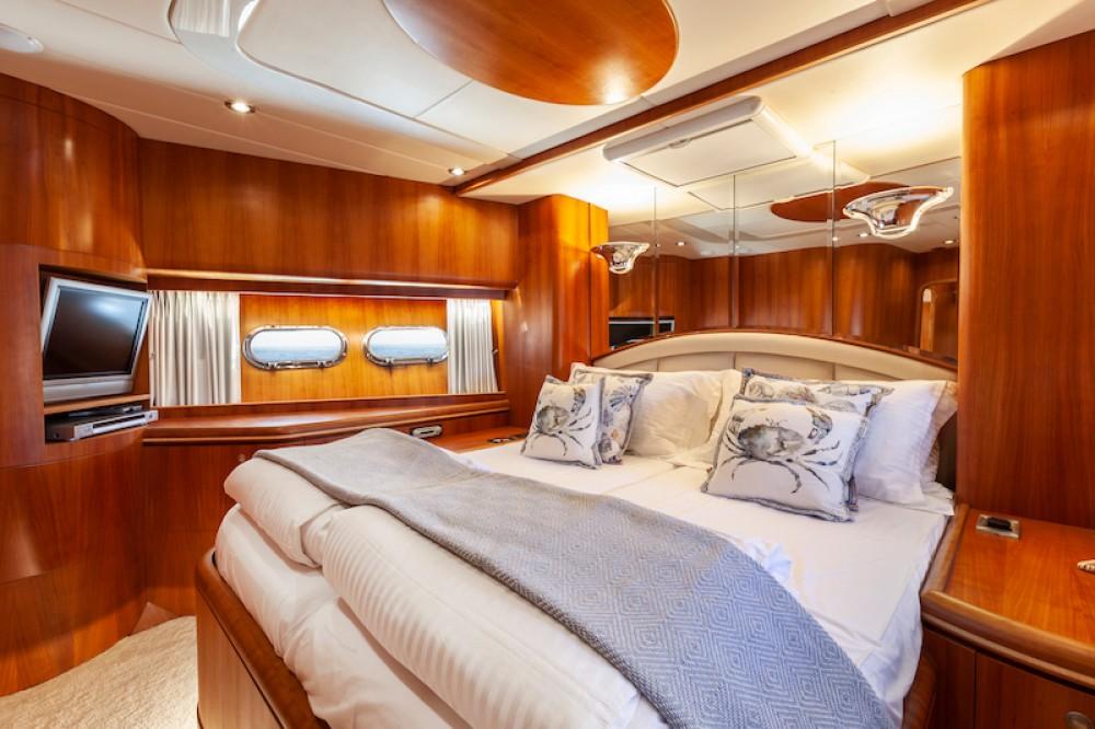 Rental Yacht in Saint Julian's - Elegance 82