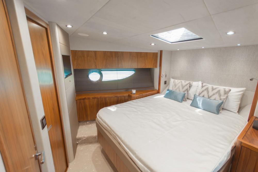 Rental yacht Saint Julian's - Sunseeker Predator 57 on SamBoat
