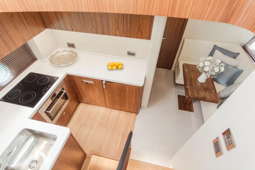 Rental Yacht in Saint Julian's - Sunseeker Predator 57