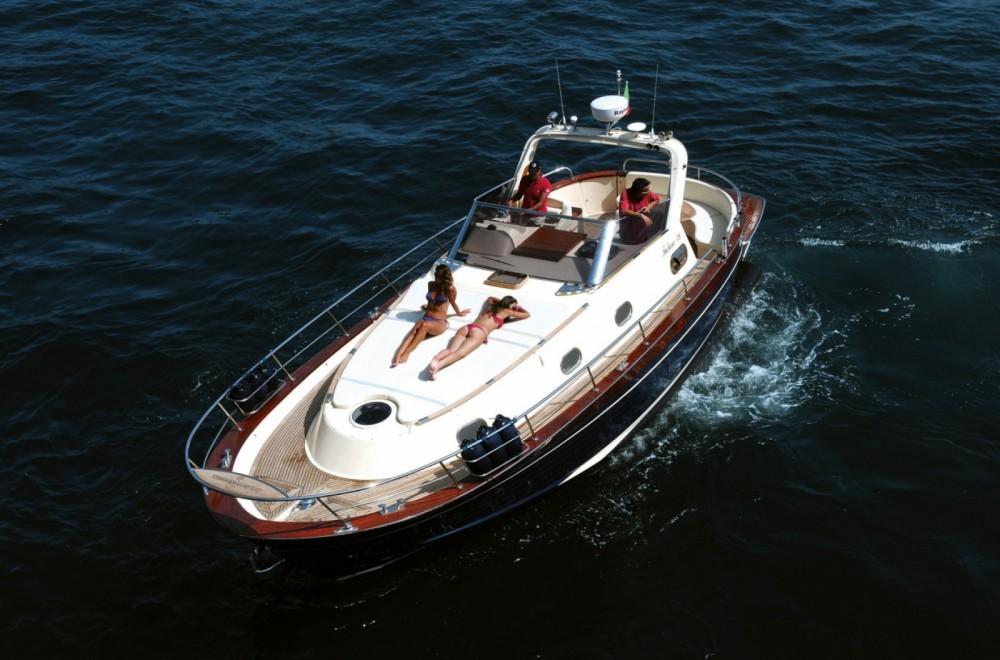 Rental Motorboat in Naples - Gozzo Sorrentino Futura 38' Cabin