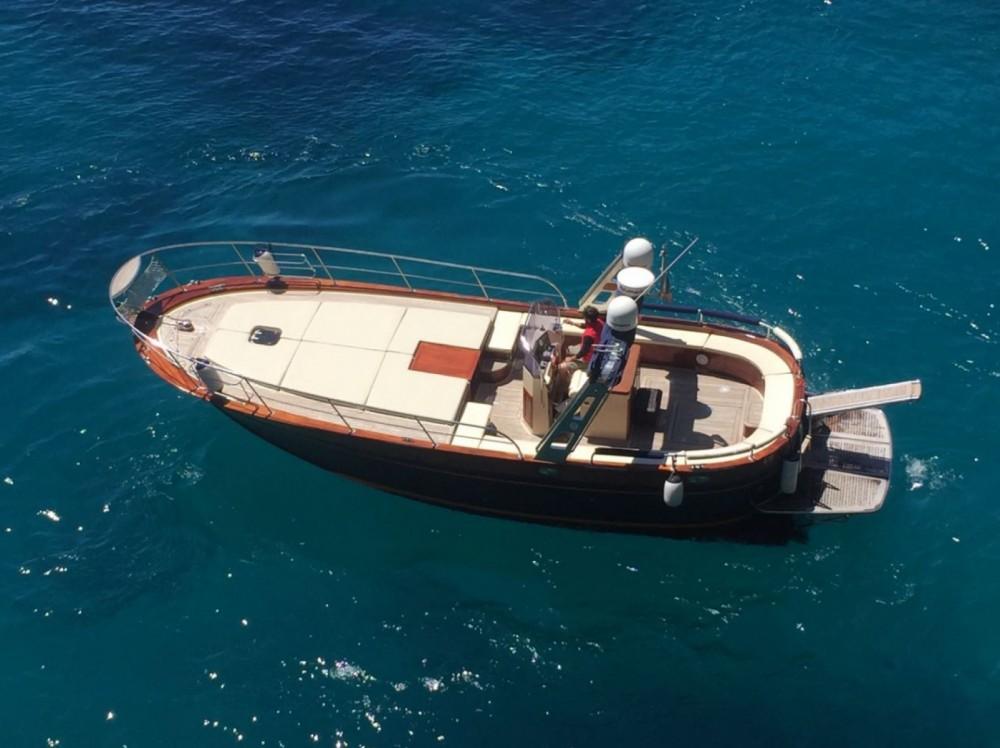 Boat rental Futura Futura 38 open in Sorrento on Samboat