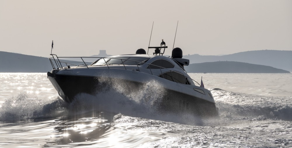 Rental Yacht in Saint Julian's - Sunseeker Predator 62
