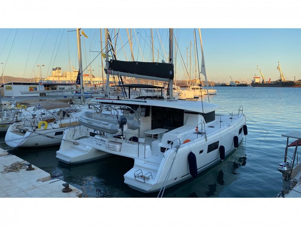 Boat rental Álimos cheap Lagoon 42