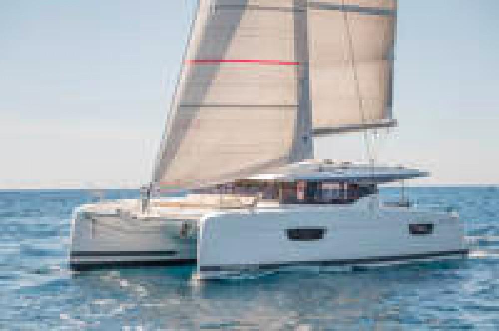 Rental Catamaran in Key West - Fountaine Pajot Astrea 42
