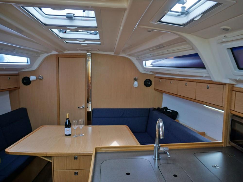 Boat rental Altefähr cheap Bavaria Cruiser 37