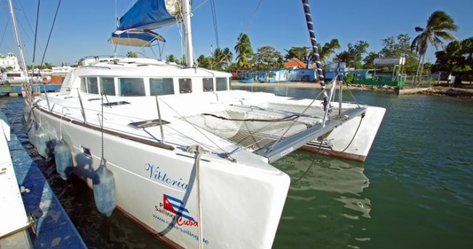 Boat rental Cienfuegos cheap Lagoon 440