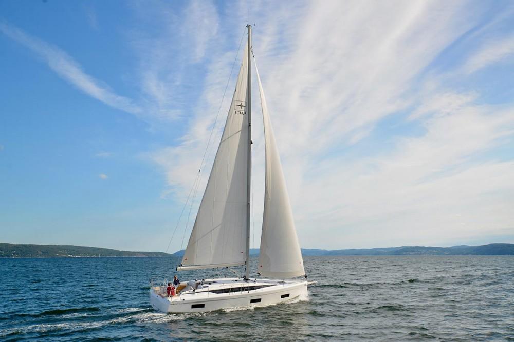 Rental yacht Trogir - Bavaria Bavaria C42 on SamBoat