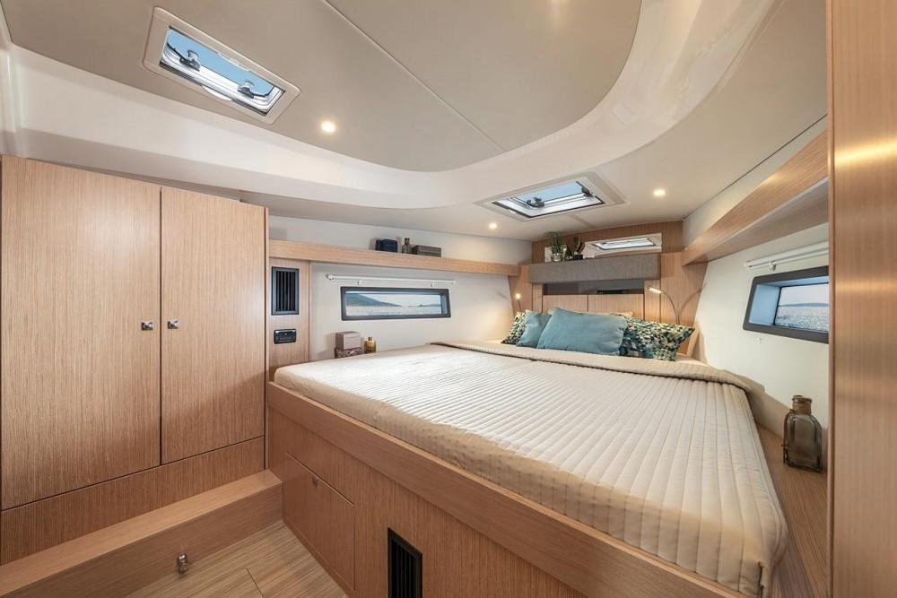 Rental Sailboat in Trogir - Bavaria Bavaria C42