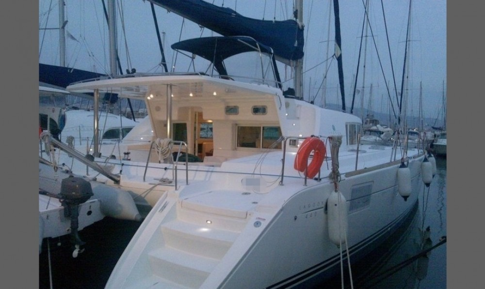 Lagoon Lagoon 440 - 4 + 2 cab. between personal and professional Peloponnese