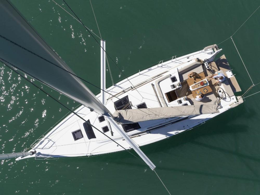 Rental yacht Palma - Dufour Dufour 430 on SamBoat