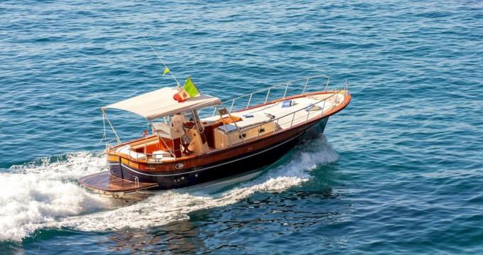 Boat rental Fratelli Aprea Sorrento 32 Open Cruise in Positano on Samboat