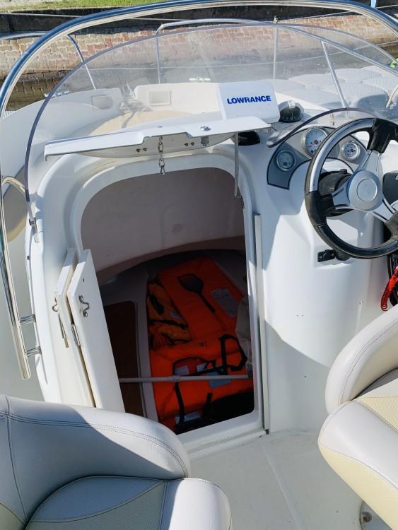 Rental yacht Marseillan - Bénéteau Flyer 5.50 on SamBoat