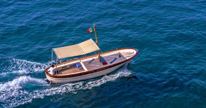 Rental Motorboat in Positano - Fratelli Aprea Sorrento 7,50 open cruise