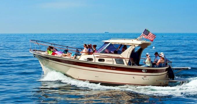 Rental Motorboat Fratelli Aprea with a permit