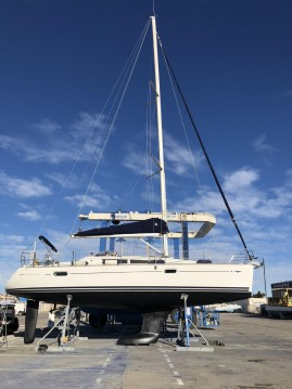 Jeanneau Sun Odyssey 39i between personal and professional Leucate