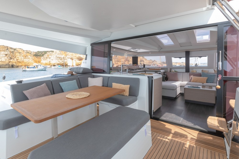Rental Catamaran in Split - Fountaine Pajot Fountaine Pajot Astrea 42 - 4 + 2 cab.