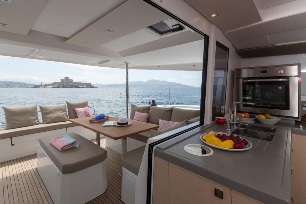 Rental yacht Split - Fountaine Pajot Fountaine Pajot Astrea 42 - 4 + 2 cab. on SamBoat