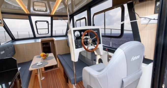 Rental yacht Wilkasy - Cobra Futura 40 Grand Horizon on SamBoat