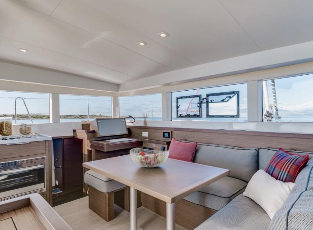 Rental Catamaran Lagoon 40 with a permit