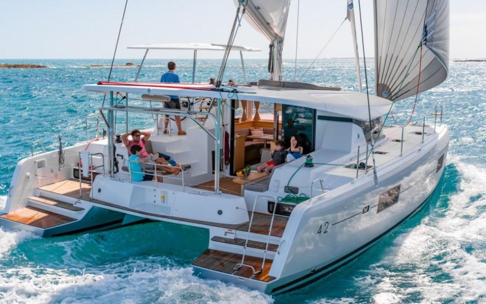 Hire Catamaran with or without skipper Lagoon Catamaran New York