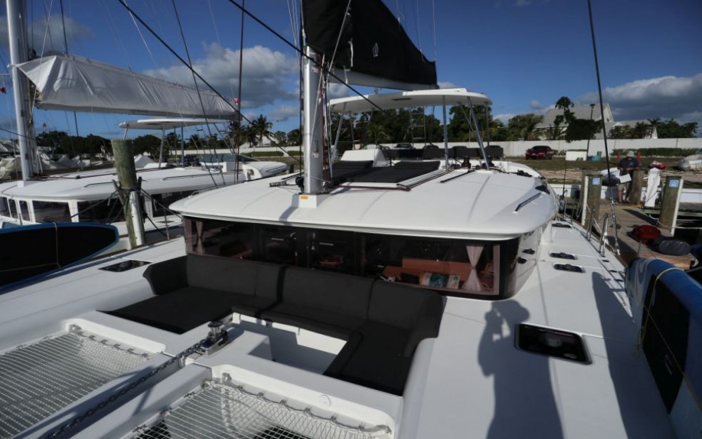 Hire Catamaran with or without skipper Lagoon New York