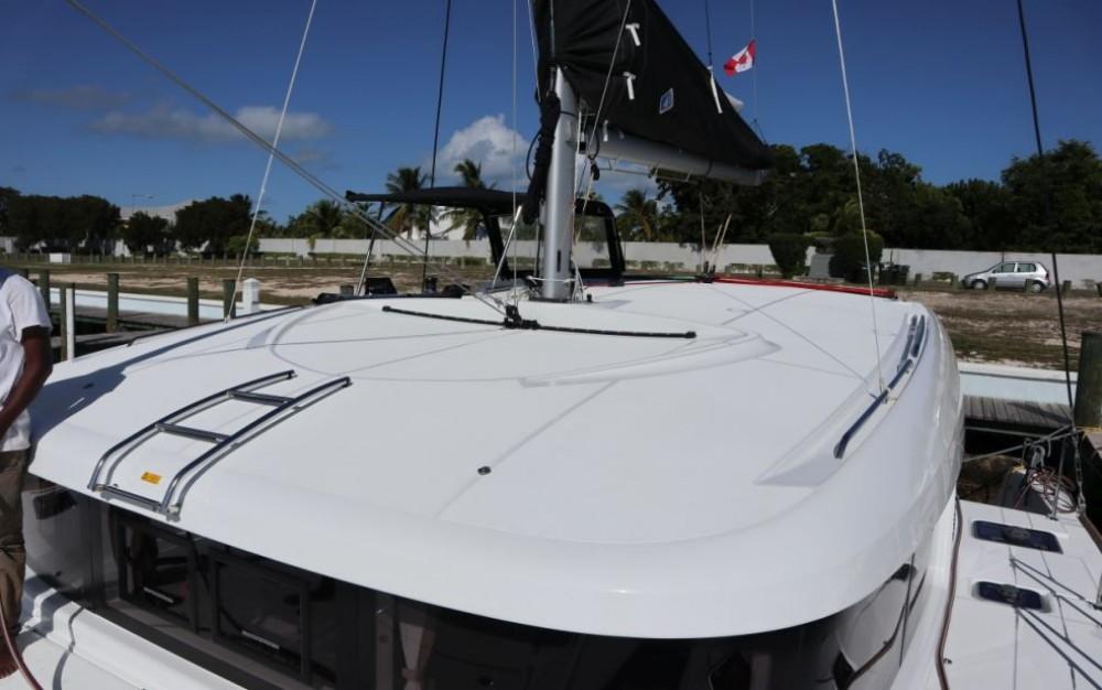 Rental Catamaran Lagoon Catamaran with a permit