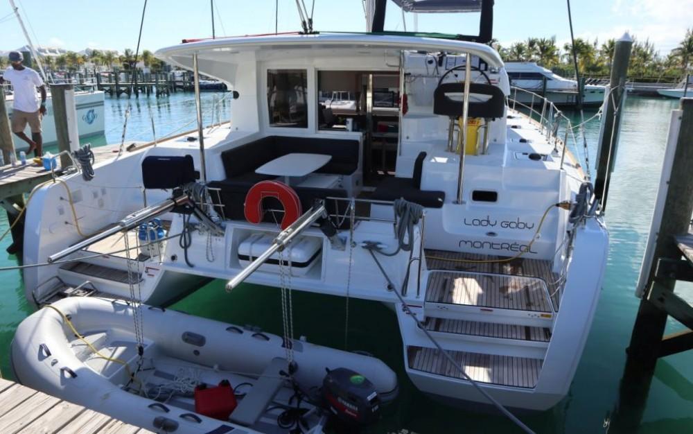 Rent a Lagoon Catamaran Lagoon 40
