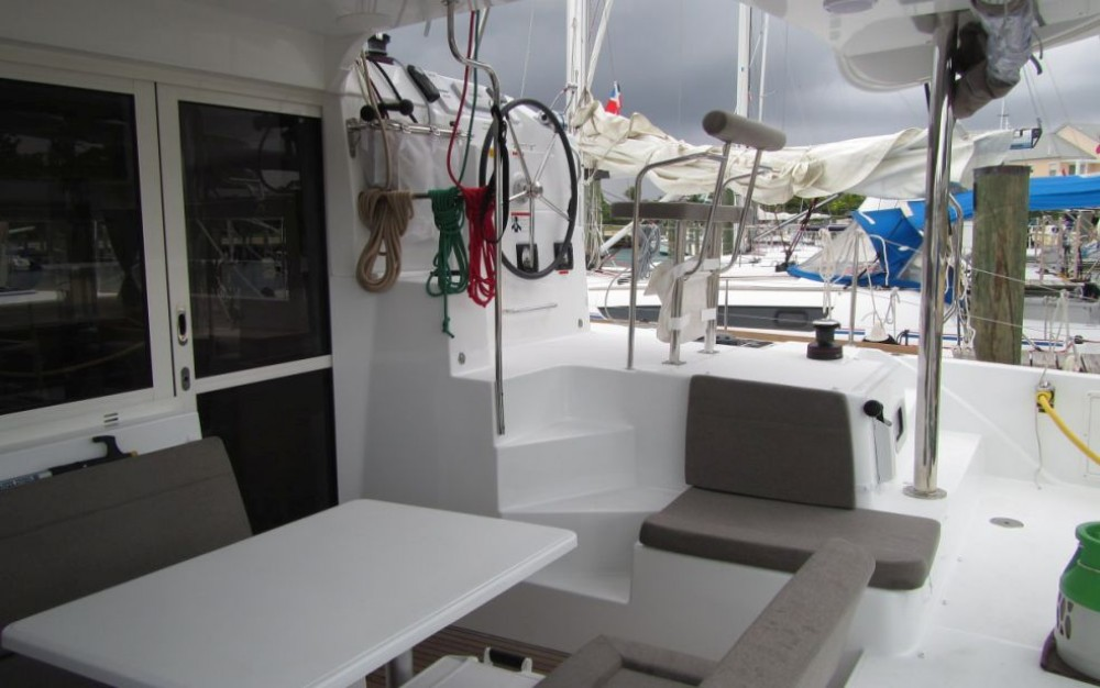 Hire Catamaran with or without skipper Lagoon Rouses Point