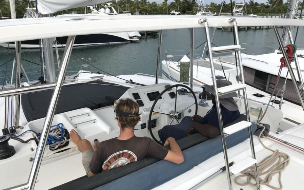 Rent a Lagoon Lagoon 450 Newport