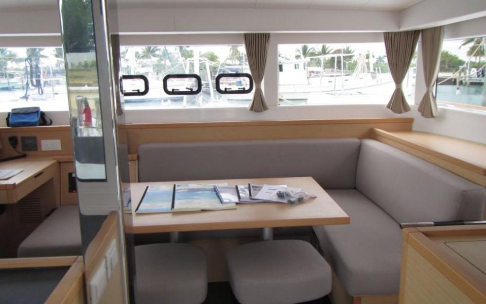 Rental yacht Rouses Point - Lagoon Lagoon 39 on SamBoat