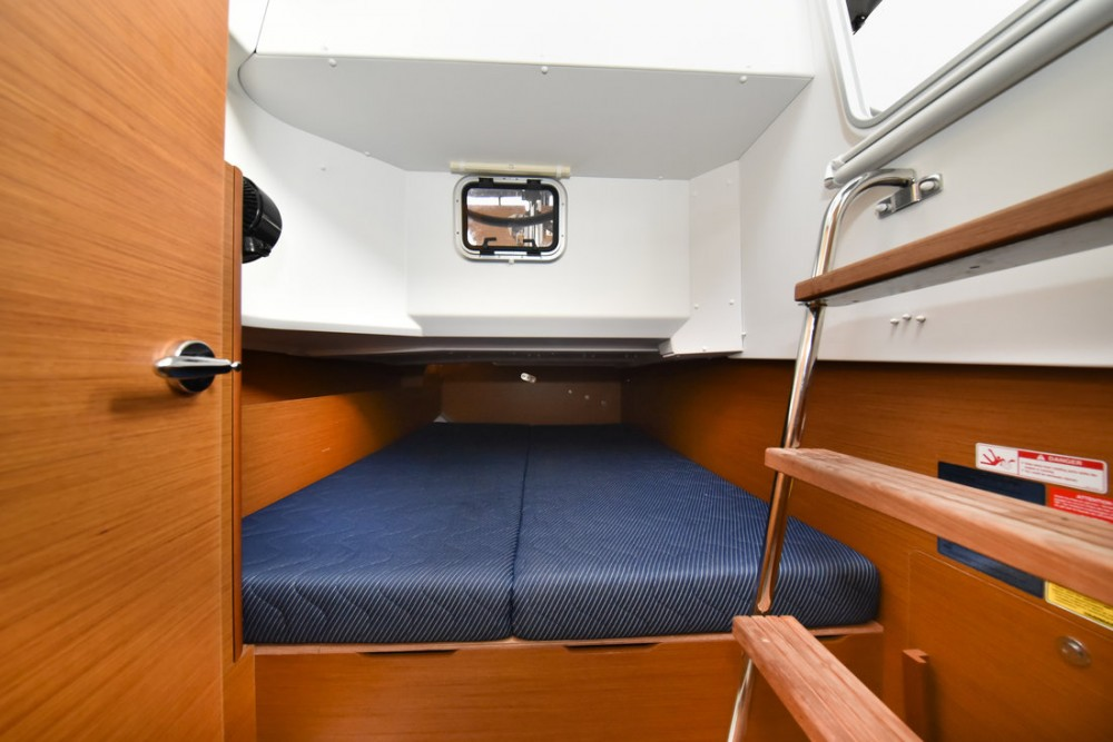 Boat rental Grad Zadar cheap Sun Loft 47 - 6+1 cab.