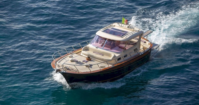 Hire Motorboat with or without skipper Fratelli Aprea Positano