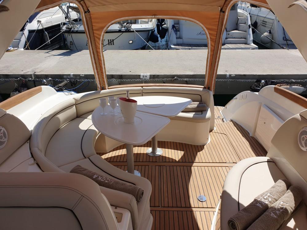 Boat rental Jeanneau Prestige 34 Open in Beaulieu-sur-Mer on Samboat