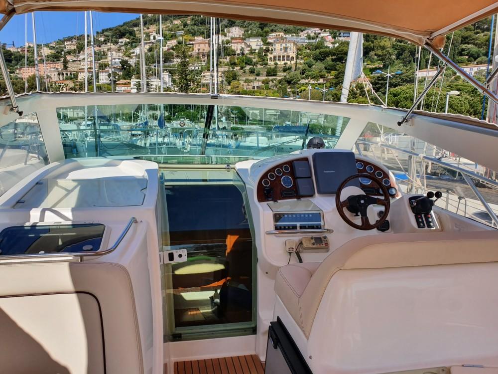 Rental Motorboat in Beaulieu-sur-Mer - Jeanneau Prestige 34 Open