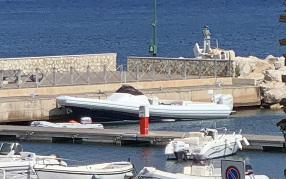 Boat rental Magazzu MX 11 in San Vincenzo on Samboat