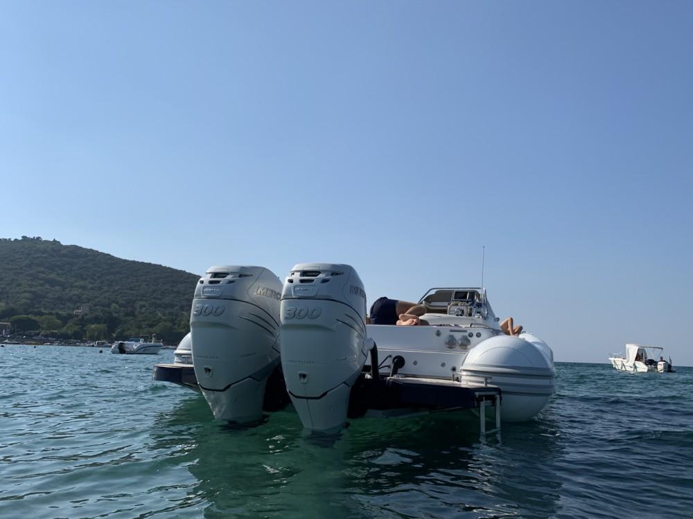 Rental yacht San Vincenzo - Magazzu MX 11 on SamBoat
