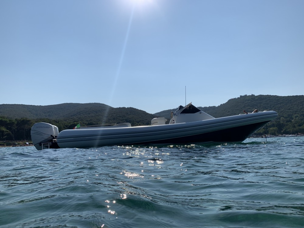 Magazzu MX 11 between personal and professional San Vincenzo