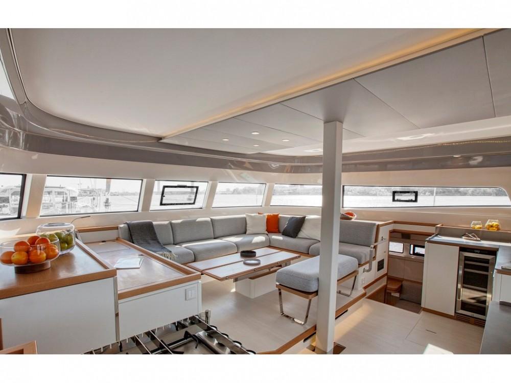 Boat rental San Vincenzo cheap Excess 12
