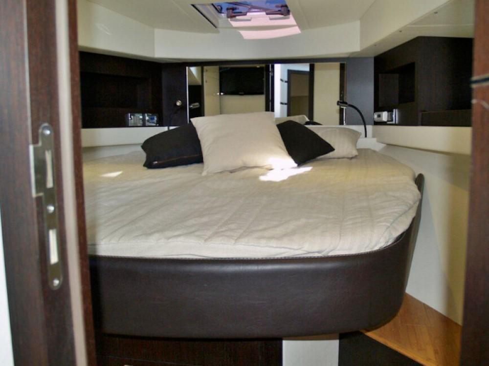 Boat rental Lavagna cheap Blu Martin 48 Ht