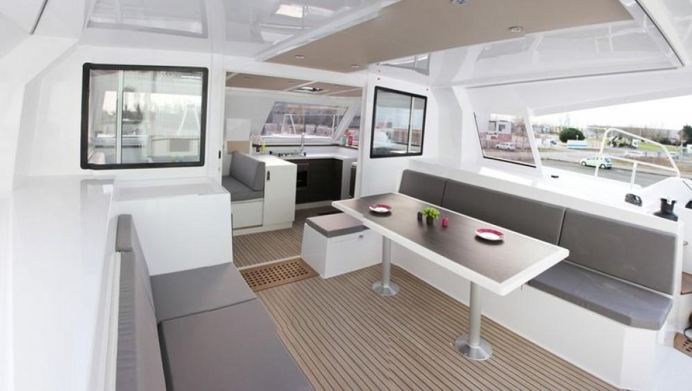 Rental Catamaran in Saint-Mandrier-sur-Mer - NAUTITECH CATAMARANS Nautitech Open 40