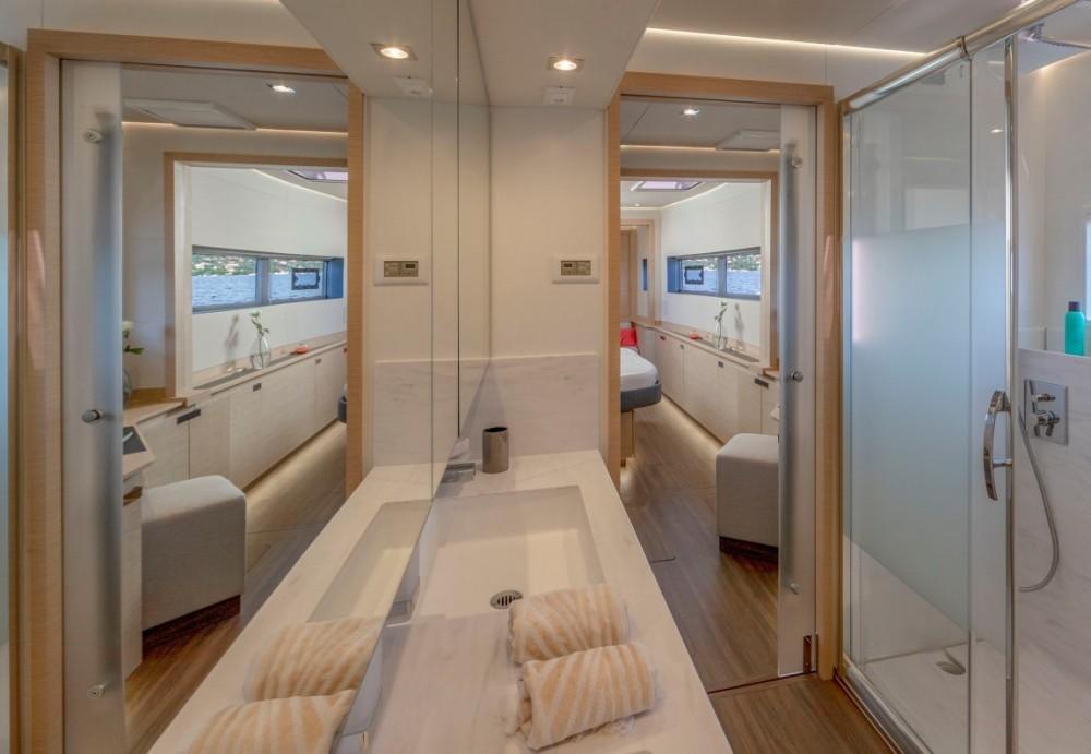 Rental yacht Athens - Fountaine Pajot Fountaine Pajot 67 Power on SamBoat