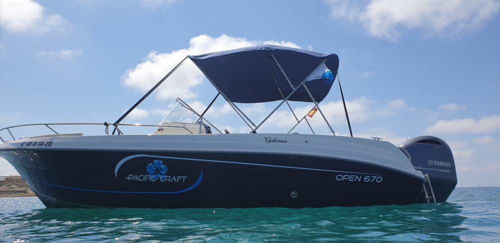 Hire Motorboat with or without skipper Pacific Craft Alicante